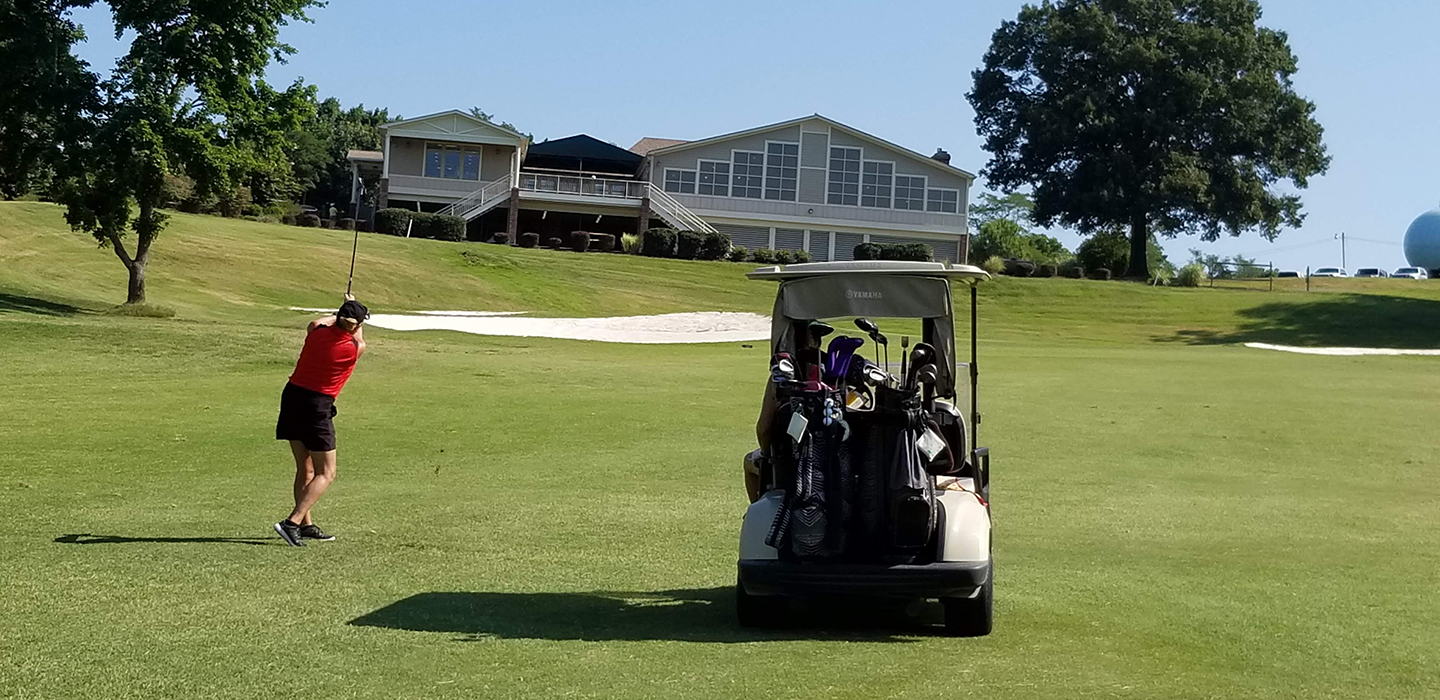 Lady golfing at Wicomico Shores Golf Course